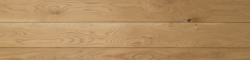 Character Grade Oak panels may contain small knots, small spits, shakes in the timber, sound dead black knots and timber grain variation.