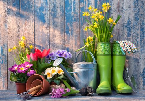 spring-garden-accessories