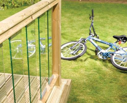 Traditional Glass Panel Decking