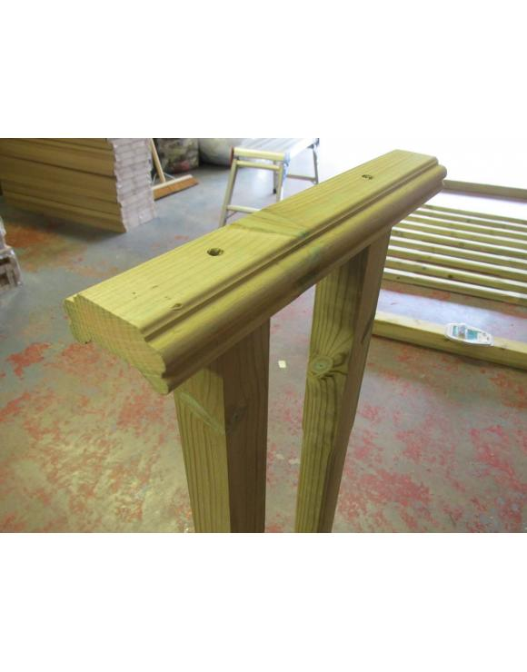 Colonial Turned Decking Balustrade Kit image