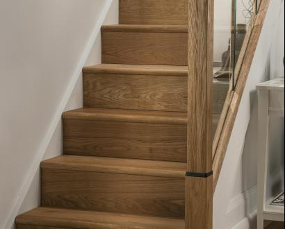 Oak Engineered Stair Klad