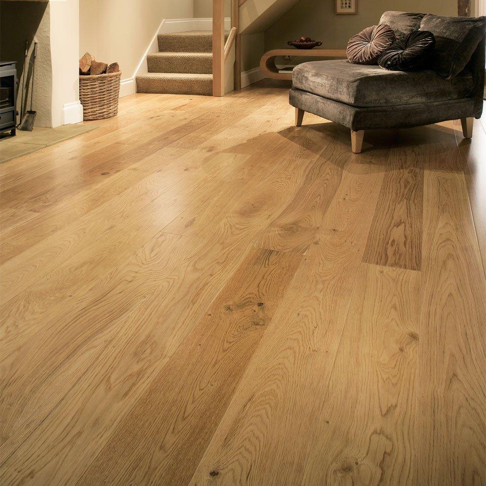 Rustic Grade Uv Lacquered Oak Flooring